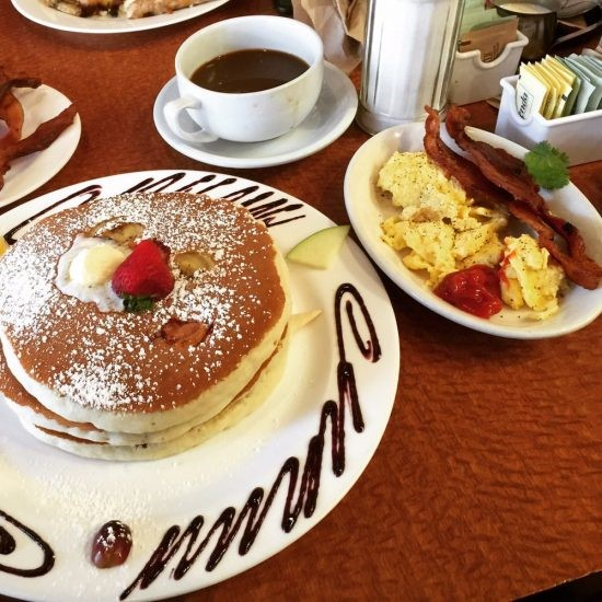 The Best Places To Get Breakfast By The Beach In San Diego